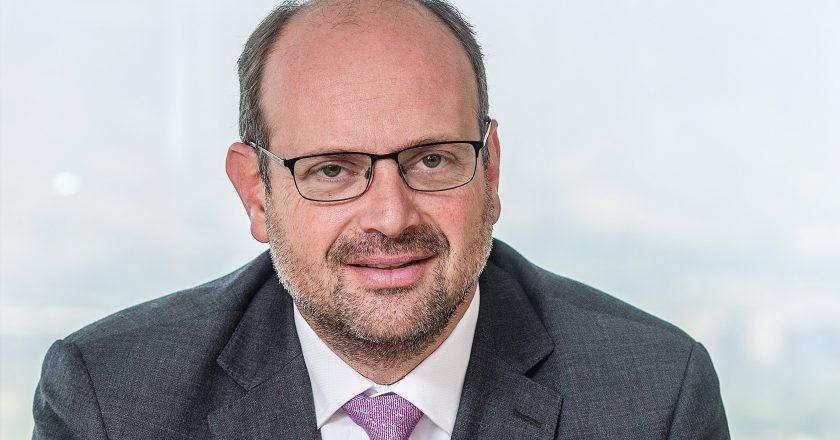 """Alejandro Ferreiro, ex superintendente de Pensiones: """"La reforma previsional supone dar malas noticias"""""""
